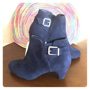 Sam and Libby Blue Suede Boots- Size 6- NWOB